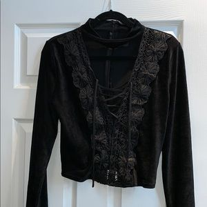 Brand new lace up floral velvet Akira top